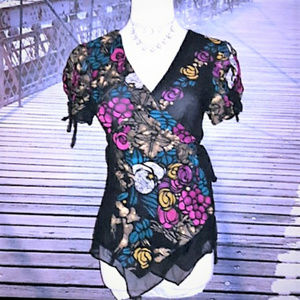 NANETTE LEPORE floral silk wrap top, sz 8